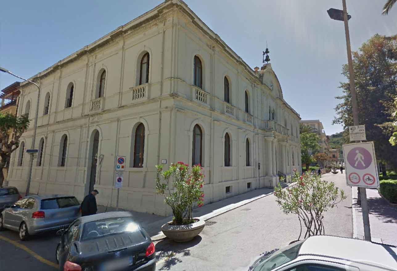 palazzo storico municipale capo d'orlando
