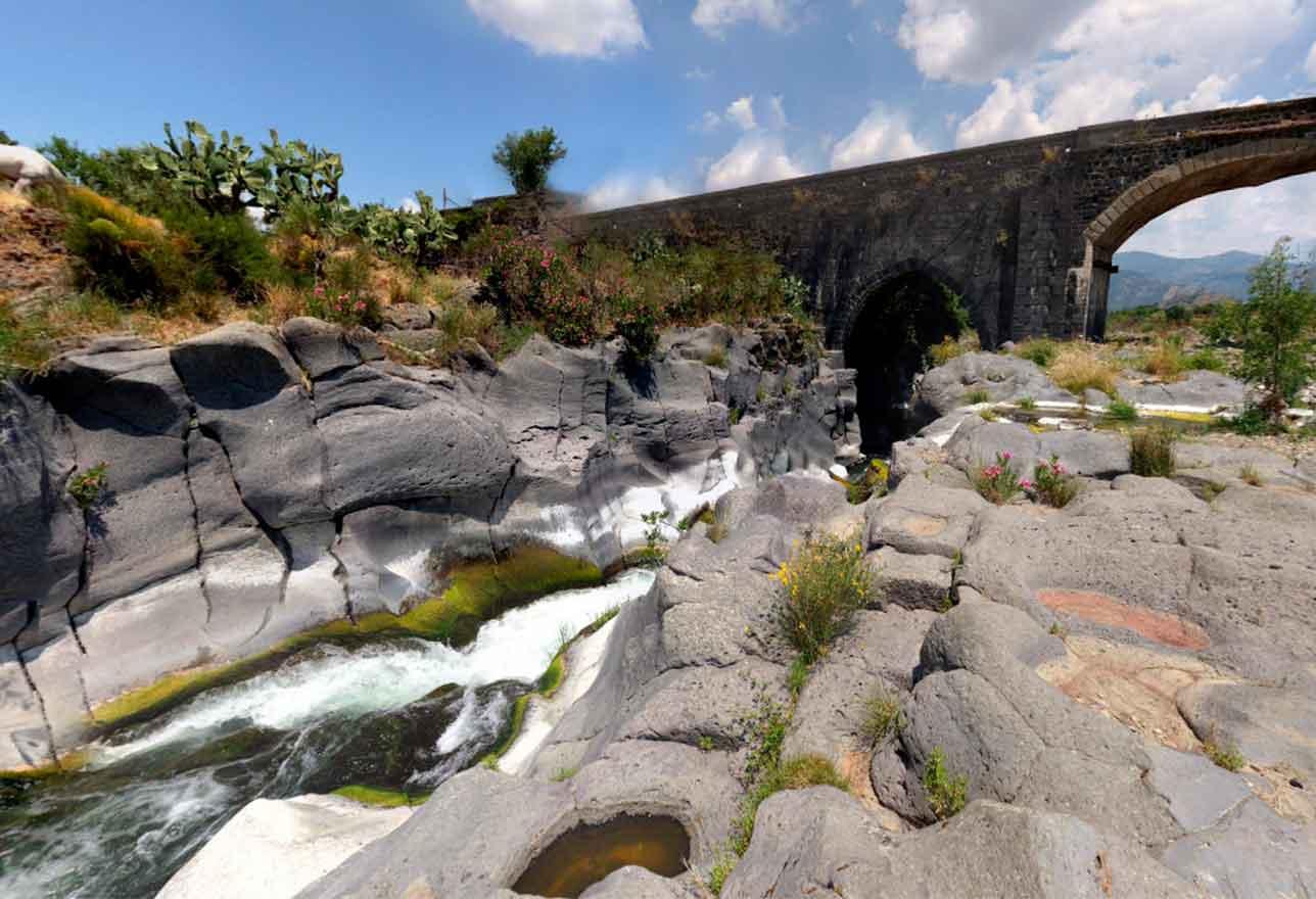 cascate dell'alcantara