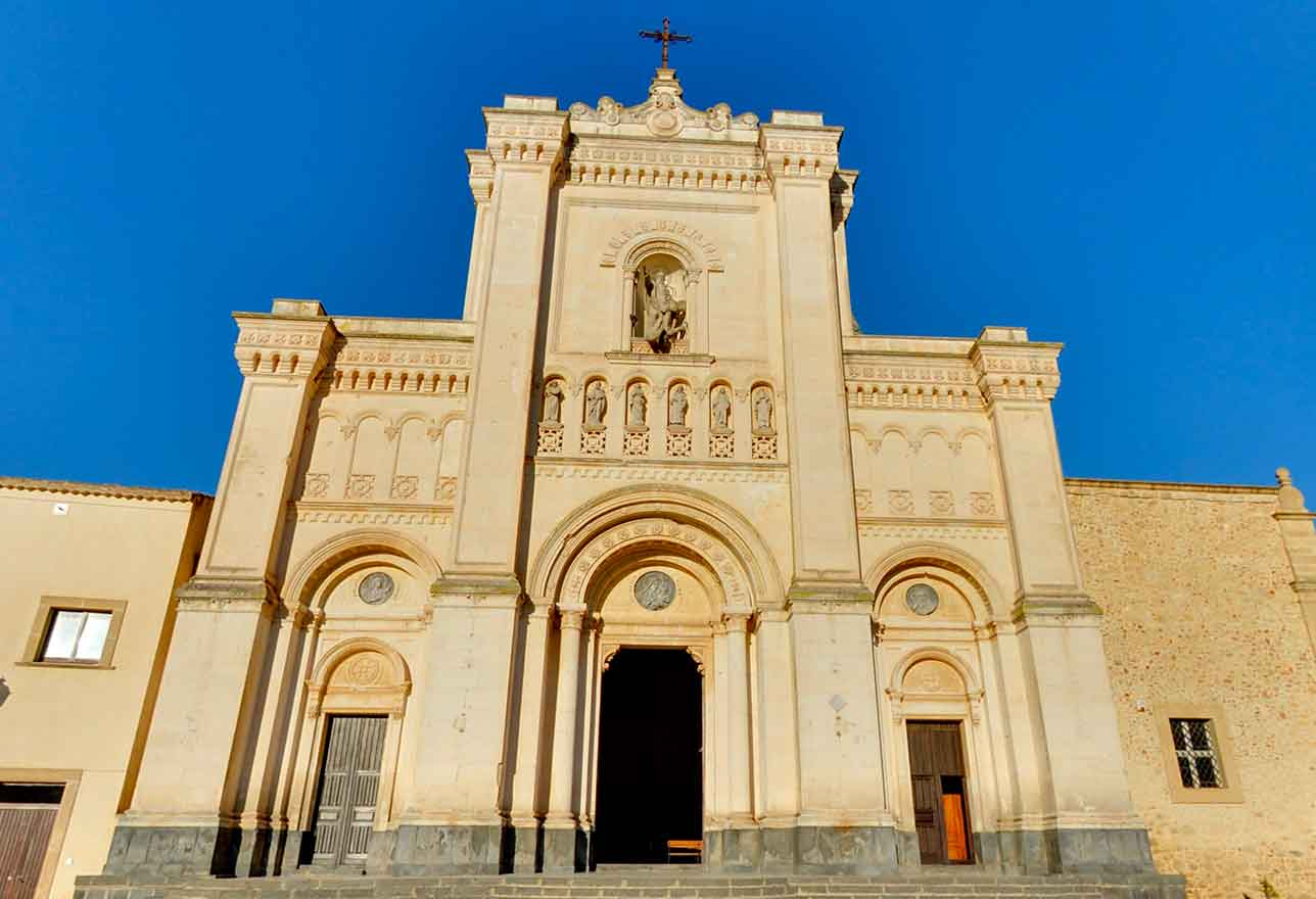 chiesa reale abbazia san filippo agira
