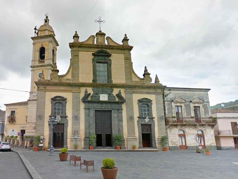 Chiesa Madre Santa Maria delle Grazie a Linguaglossa