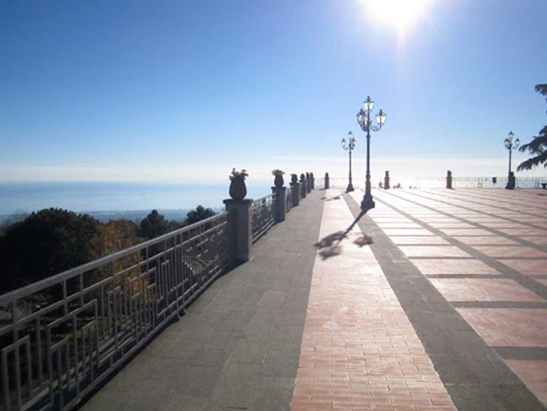 Piazza Belvedere Giovanni d'Aragona a Milo