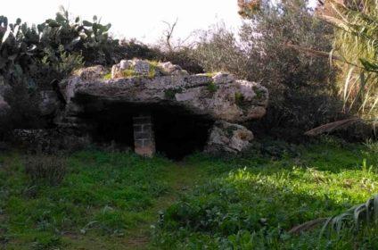 Dolmen Avola