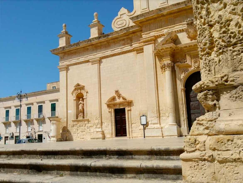 chiesa madre san nicolò e san sebastiano