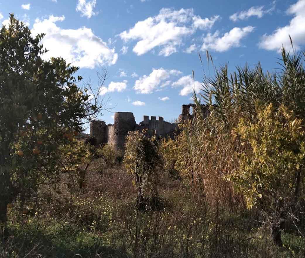 ruderi castello di bivona