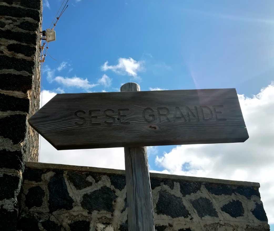 Parco dei Sesi a Pantelleria