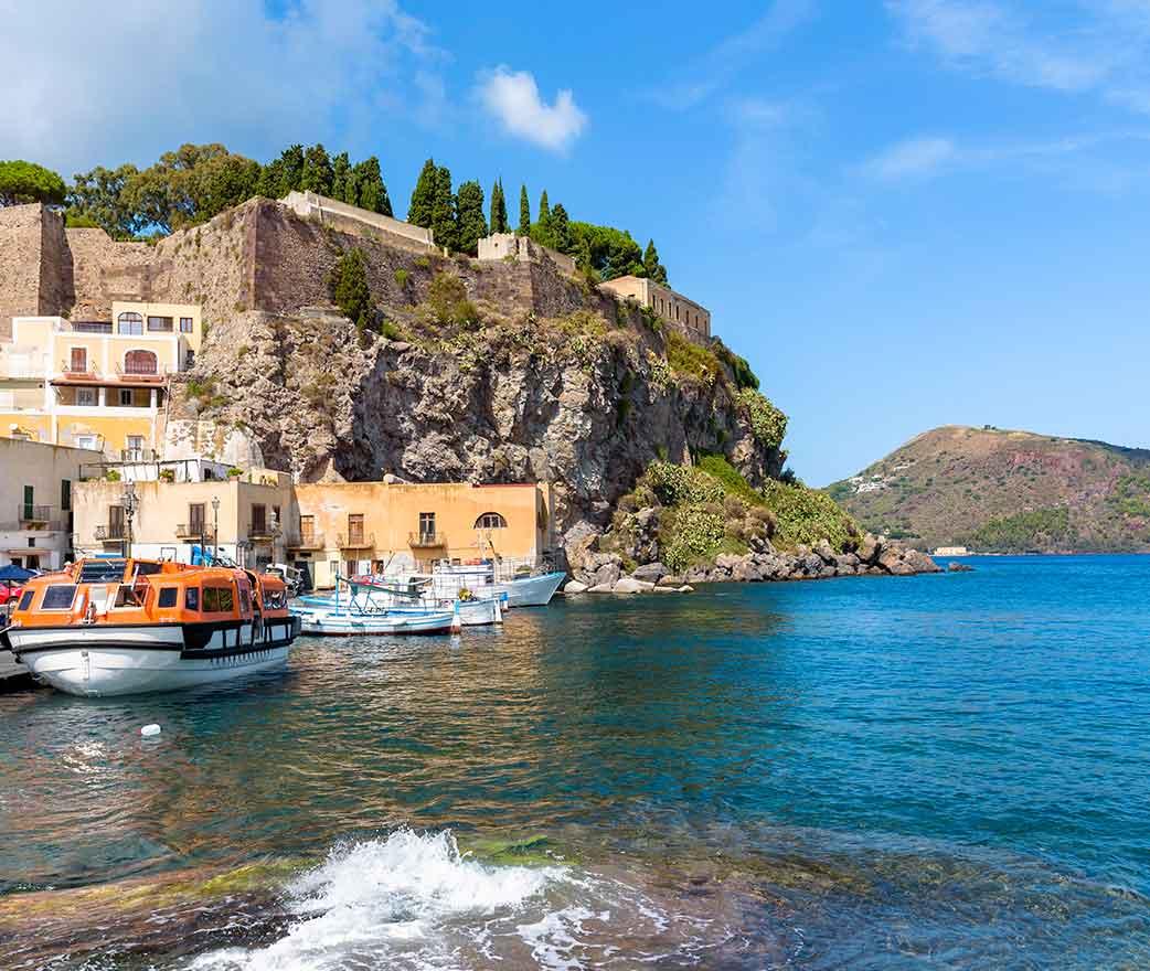 castello di lipari vista sul mare