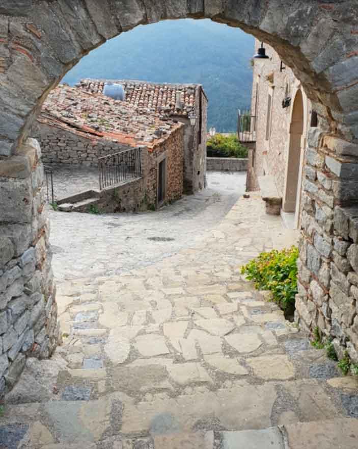 Castello Svevo di Montalbano Elicona