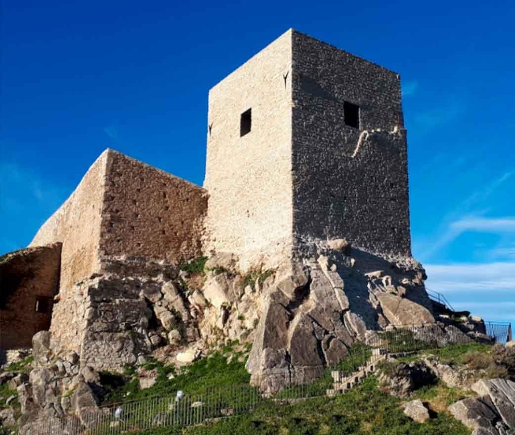 Storia del Castello Svevo di Montalbano