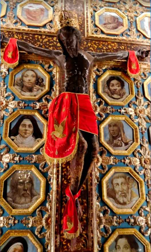 Altare Santissimo Crocifisso a Siculiana